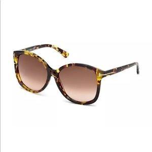 721e5d10ee2c Authentic Tom ford Alicia Havana sunglasses